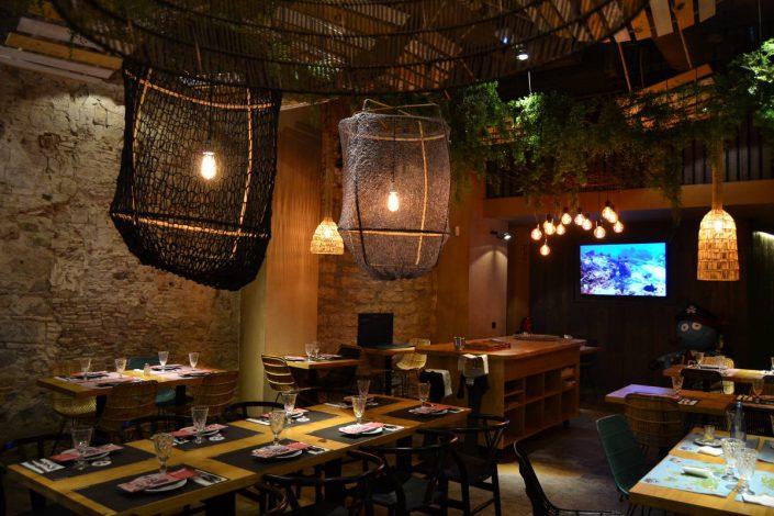 Iluminación de restaurantes en Barcelona - BOBO PULPIN