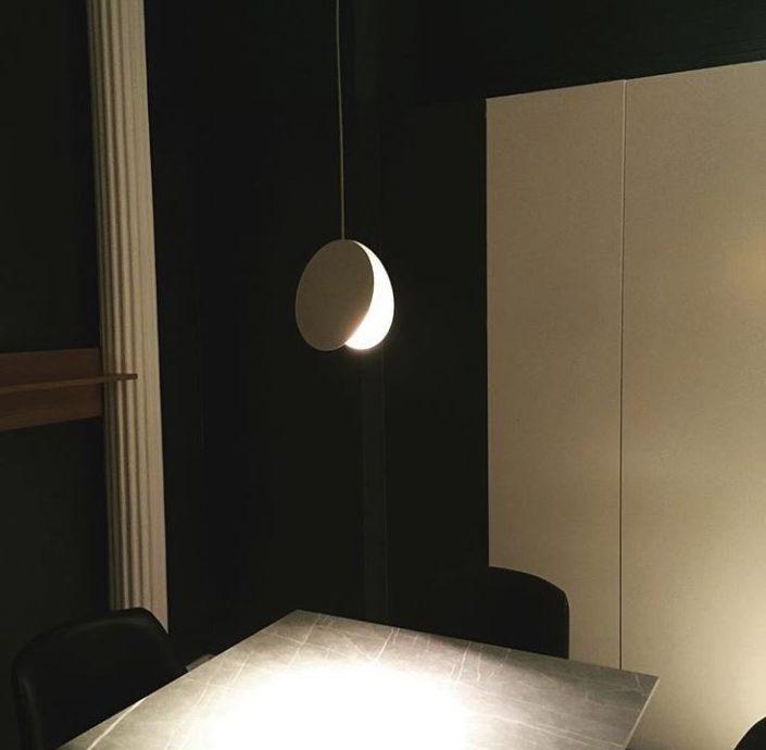 iluminación restaurante uma
